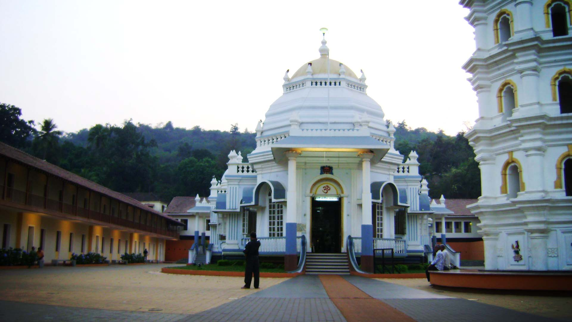 Mangeshi temple in the evening..